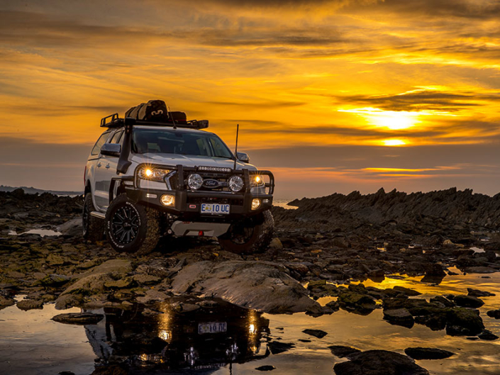 4w4 infront of sunset- Offroad 4x4 accessories
