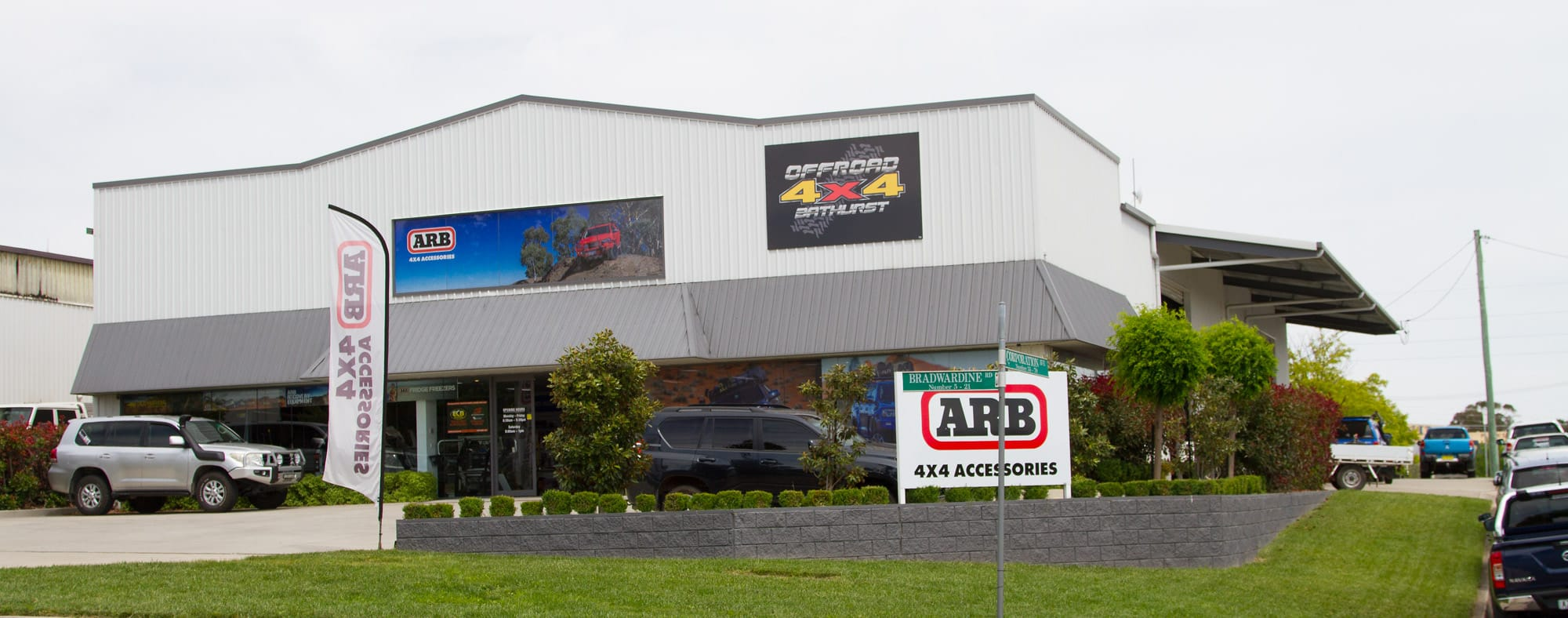 Picture of outside of showroom- Offroad 4x4 Bathurst Showroom